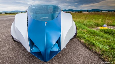 AeroMobile 3 is super sleek.